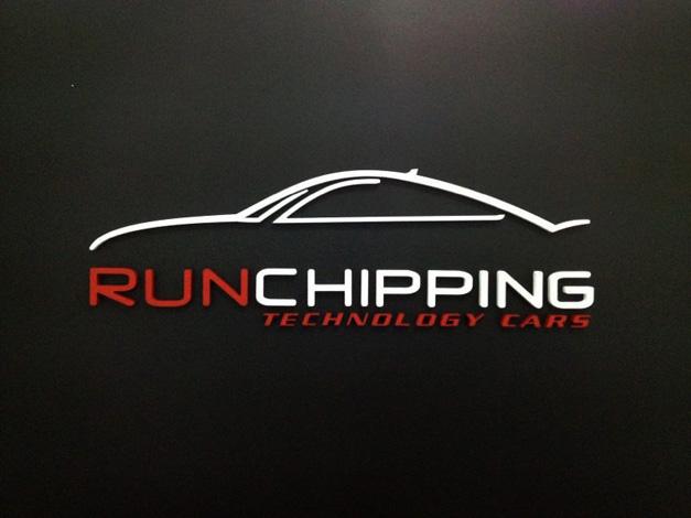 Cartelería y Banners Corporeo Run Chipping